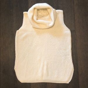 Two by Vince Camuto cowl-neck sleeveless sweater